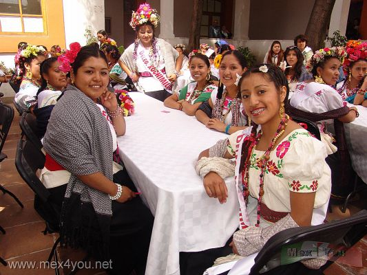 ejido girls Make a loan to an entrepreneur across the globe for as little as $25 kiva is the world's first online lending platform connecting online lenders to entrepreneurs across the globe.
